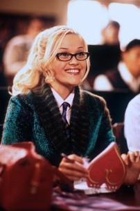 T: Natürlich blond! / Legally Blonde D: Reese Witherspoon R: Robert Luketic P: USA J: 2001 PO: Szenenbild RU: DA: , - Nutzung von Filmszenebildern nur bei Filmtitelnennung und/oder in Zusammenhang mit Berichterstattung über den Film.