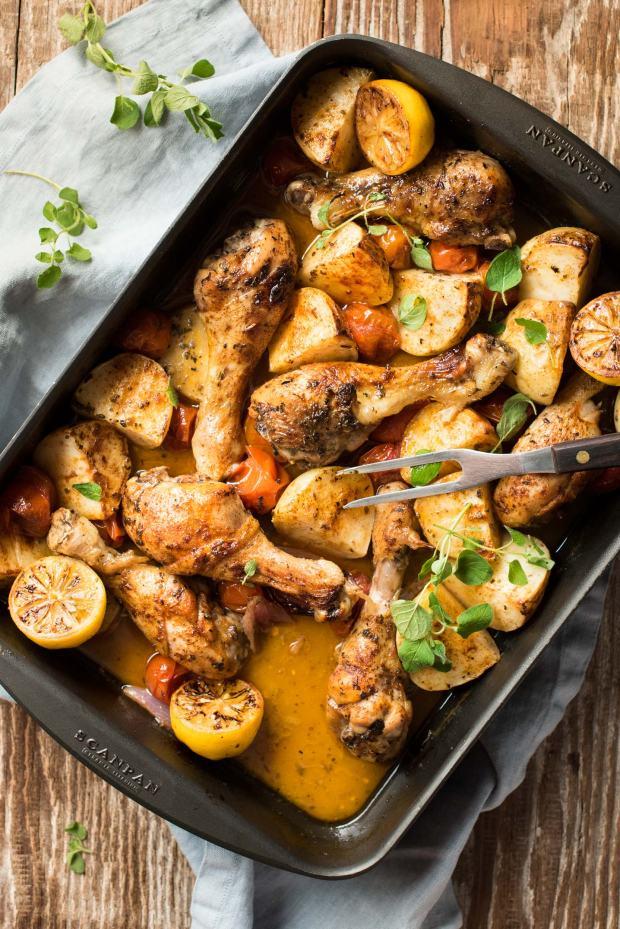 One-Pan-Lemon-Garlic-Chicken-Potato-Bake_2a