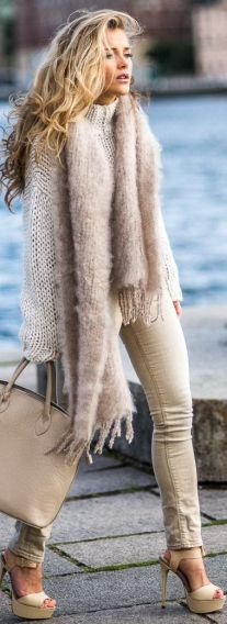 Knits In Beige