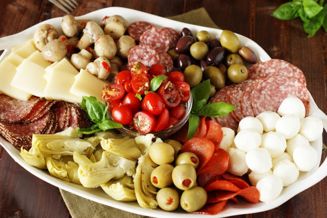 antipasto-platter_ready-to-serve-5