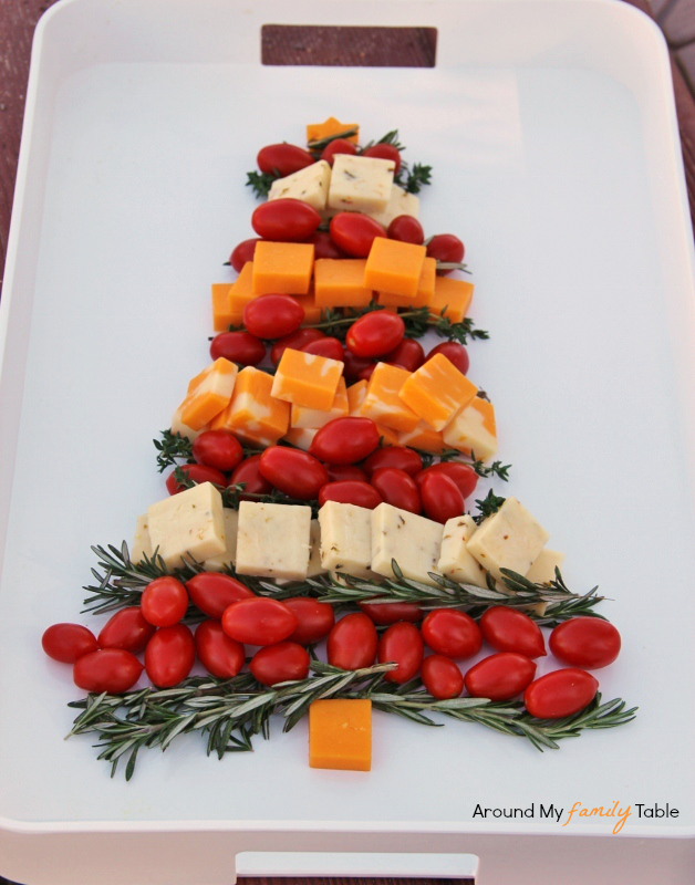 Christmas-Tree-Cheese-Platter.jpg