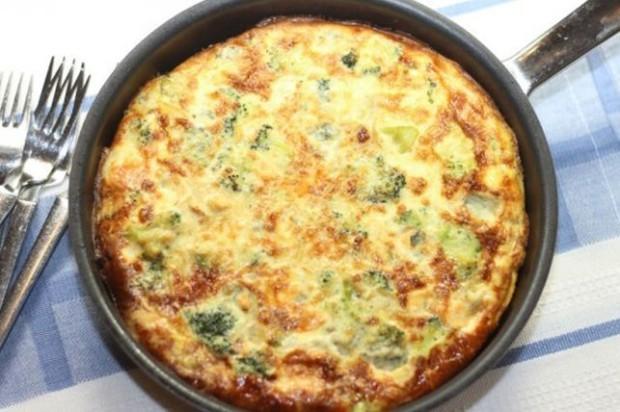broccoli-and-blue-cheese-frittata-1k-jpg-504738-1